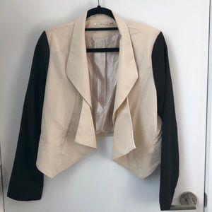 Cropped dual tone blazer